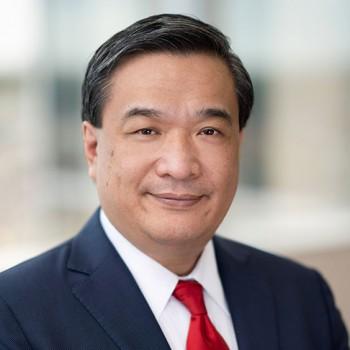 Peter L. Hoang